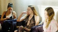 """Crítica de """"Felicidad"""", de Henrika Kull, mujer contra mujer"""