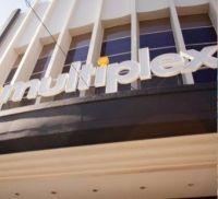 El Arte Multiplex Cabildo reabrió reconvertido en un cine comercial