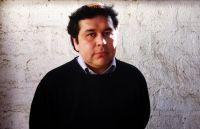"""Gonzalo Maza: """"Escribir es muy difícil, un proceso angustioso, largo, que parece no ir a ningún lado, y dirigir es todo lo contrario"""""""