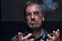 """Crítica de """"Nadie"""", acción catártica con el actor de """"Better Call Saul"""""""
