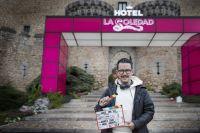 """Manolo Caro prepara la película de """"La casa de las flores"""" y filma """"Érase una vez pero ya no"""""""