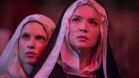 """Crítica de """"Benedetta"""" y las santas, brujas y lesbianas de Paul Verhoeven"""