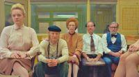 """Crítica de """"La crónica francesa"""", el brillante y desbordante mundo de Wes Anderson"""