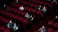Teatros, cines y centros culturales pueden funcionar con una capacidad máxima del 50%